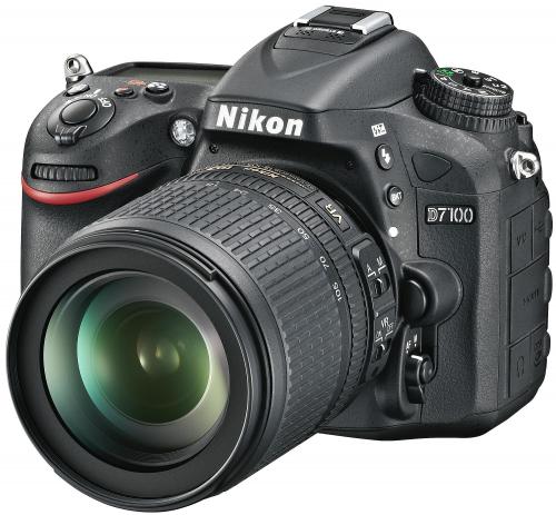Nikon D7100 AF-S DX VR 18-105 mm