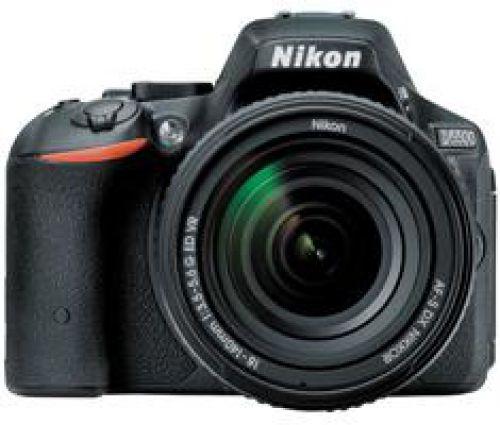 Nikon D5500 zwart + 18-140mm VR